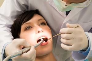 Prophylaxe und Zahnsteinentfernung